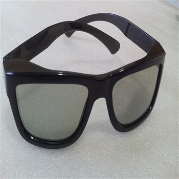 سه هزار عدد عینک سه بعدی ! 3D