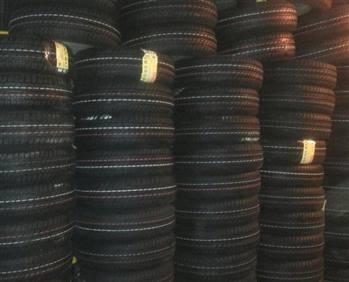 لاستیک خودرو کویر تایر مدل سبز درجه یک سایز 165/65/13 - دوحلقه